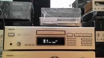 Đầu CD onky nguồn dời 110v nhật bản
