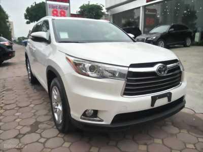 Toyota VENZA 2.7Trắng.