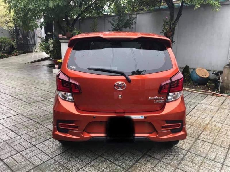 Gia đình cần bán Wigo 2018, số tự động, bản 1.2, full option, màu cam cực đẹp.
