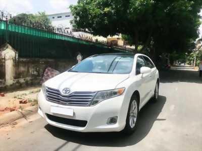 Cần tiền trả nợ bán gấp xe Toyota Venza 2.7 tại HCM