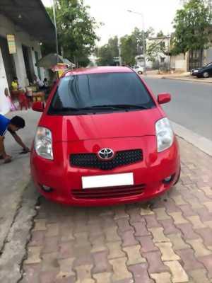 Cần tiền bán xe Toyota Yaris 2008 màu đỏ số tự động