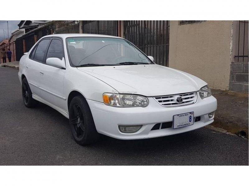 Toyota Corolla 2001 Số sàn