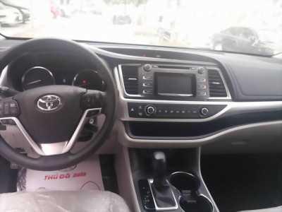 Toyota Highlander LE Mỹ 2016