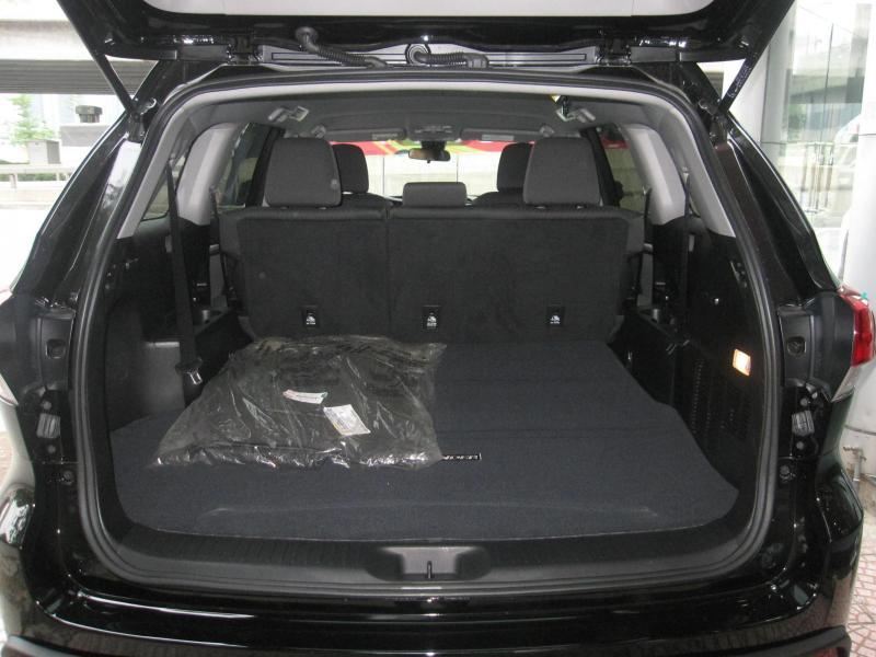 Bán xe Toyota Highlander 2017, màu đen, nhập mỹ