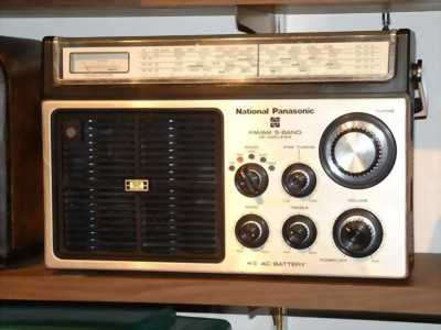 Radio cổ national panasonic