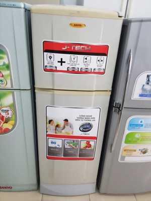 Tủ lạnh sanyo 135l