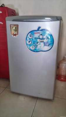 Tủ lạnh sanyo 90l còn mới.