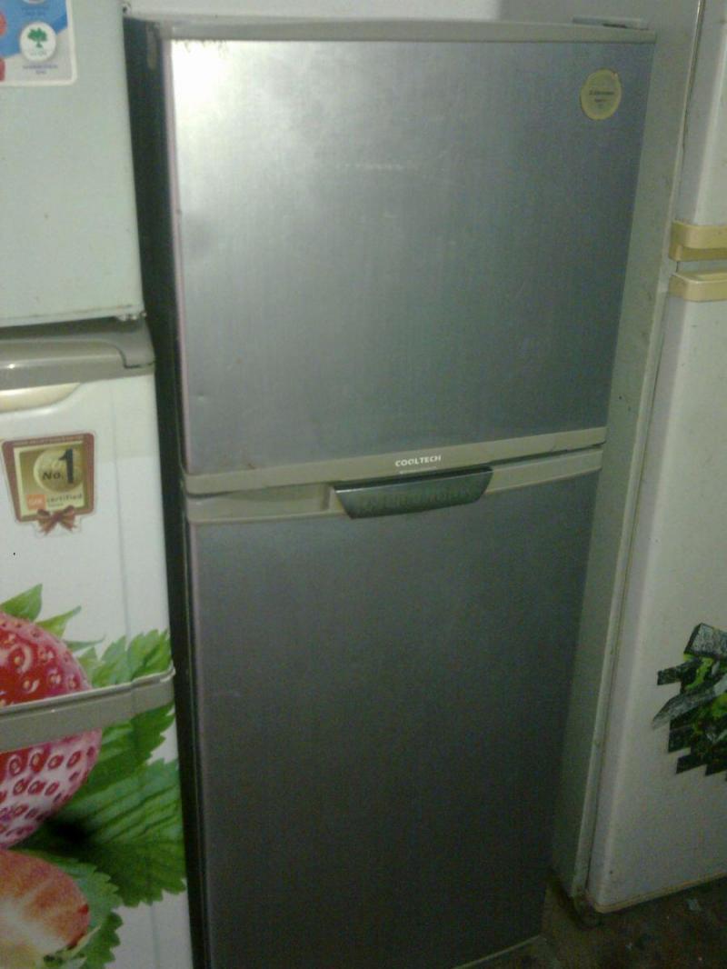 Tủ lạnh dư nên không xài nữa