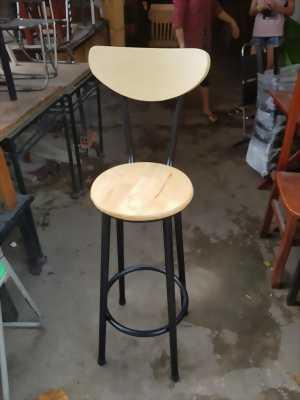 Thanh lý bàn ghế quầy tủ mát quán cafe