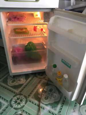Tủ lạnh toshiba 130L