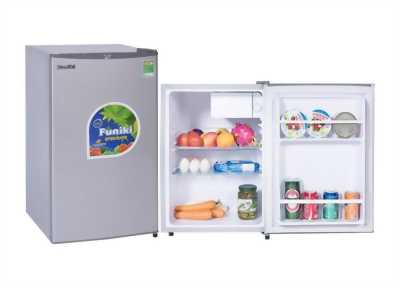 Mình cần bán 01 tủ lạnh hiệu sanyo 1 cửa 100%