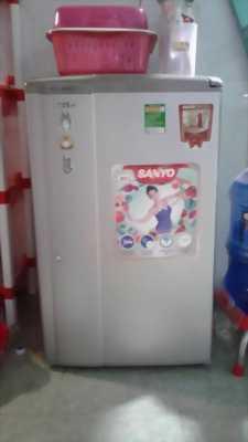 Cần thanh lý lại tủ lạnh sanyo 93L