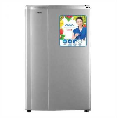 Tủ lạnh Aqua 90 lít AQR-95AR kiểu dáng nhỏ gọn