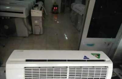 Máy lạnh Daikin inverter mới 90% zin 100%