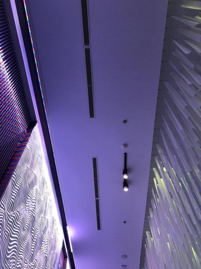 Thi công lắp đặt máy lạnh giấu trần cho công trình nhà hàng tiệc cưới tận nơi