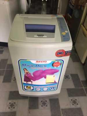Máy giặt Sanyo 6,8kg lòng inox không rỉ