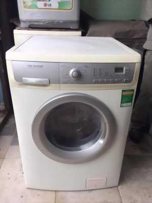 Máy giặt Electrolux EWW 1273-7kg tại Tân Phú.