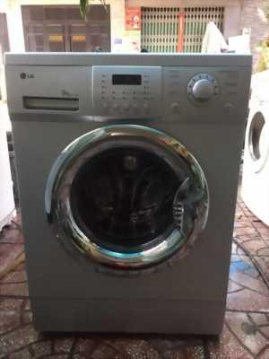 Bán máy giặt lg  mới 99%