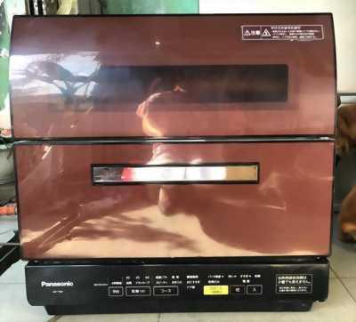 Máy rửa bát Panasonic NP-TR8 có ECONAVI khử mùi