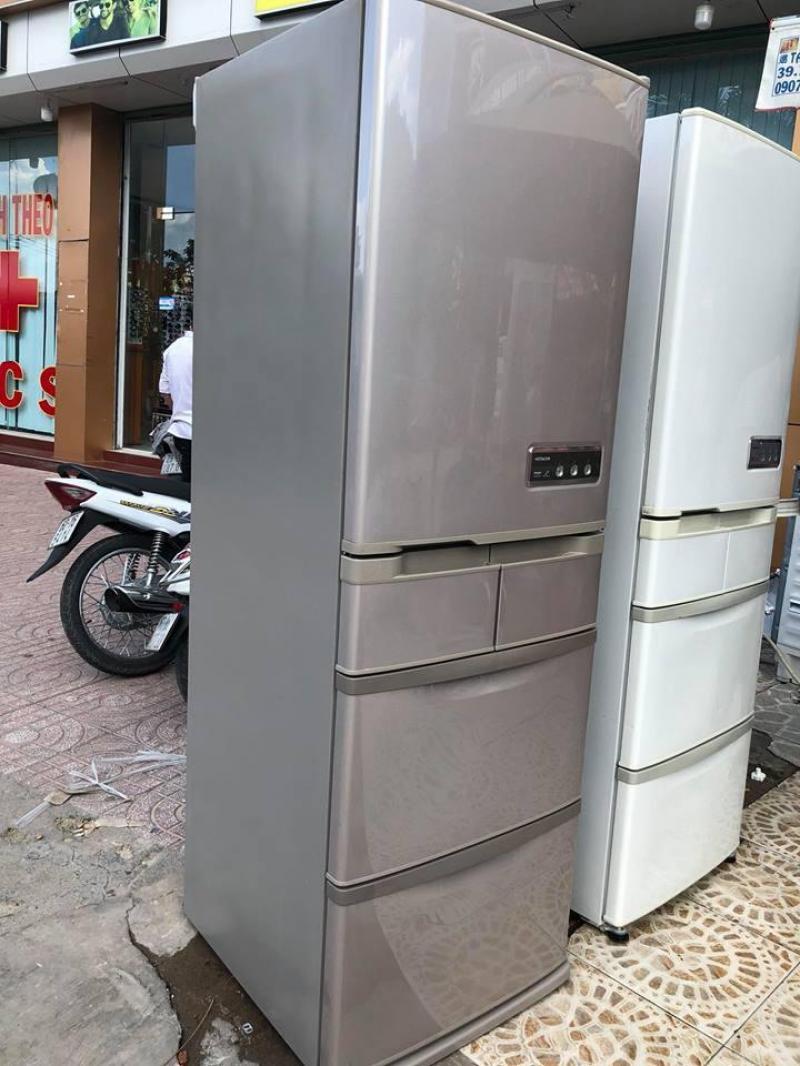 Tủ lạnh Hitachi R-S42YM 415 lít, 5 cửa,2009