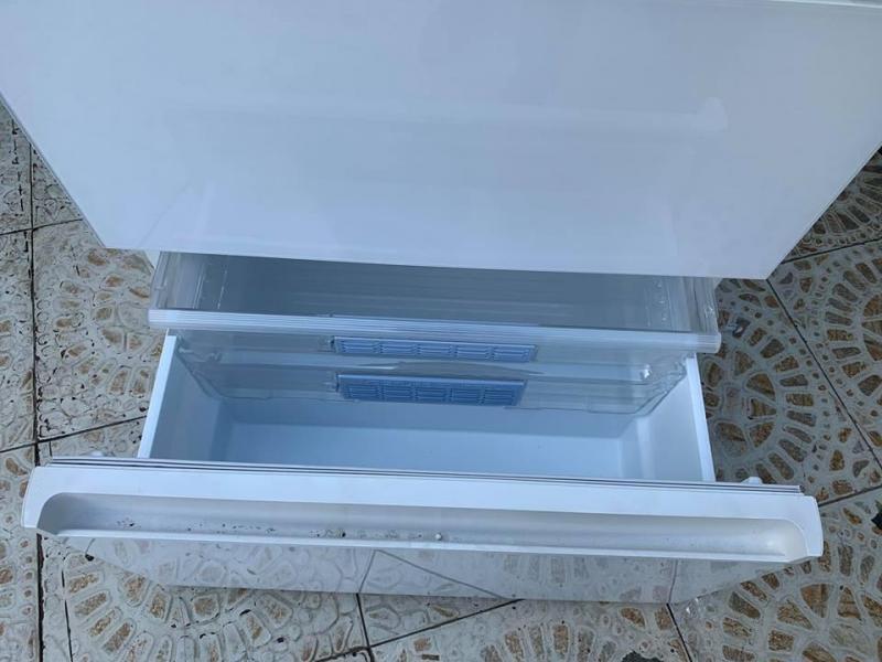 Tủ lạnh PANASONIC NR-F553HPX date 2018 hàng trưng bày không thùng