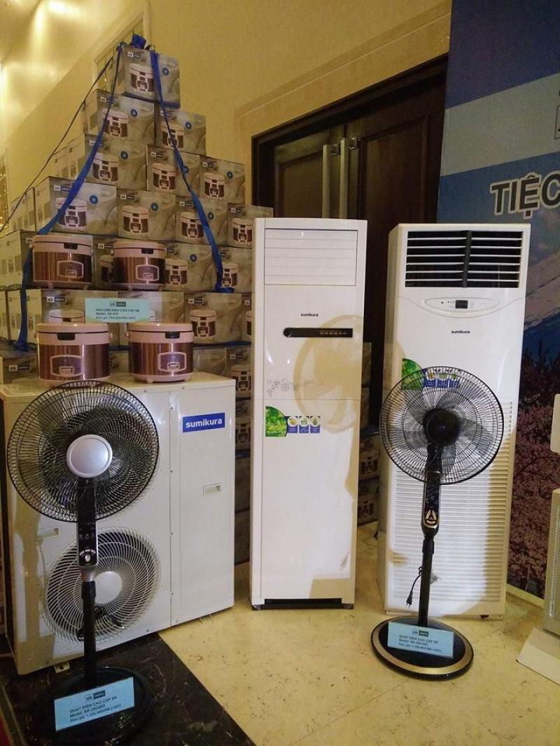 Giá rẻ cực sốc cho máy lạnh tủ đứng Daikin , LG , Panasonic cho hội trường