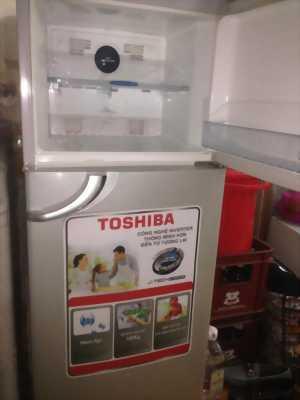 Tủ lạnh TOSHIBA 160L về quê nên bán cho ace
