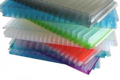 Tấm Polycarbonate CHLB Đức chống tia UV
