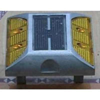 BÁN ĐINH NHÔM GẮN MẶT ĐƯỜNG DÙNG NĂNG LƯỢNG MẶT TRỜI (2 MẶT) - AGT0066 TẠI TP.HCM