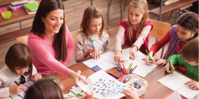 Những khó khăn của nghề giáo viên mầm non
