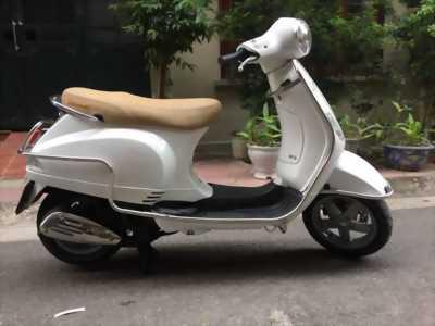 Vespa LX nhập 2015 trắng Turbo tiết kiệm xăng huyện phú giáo