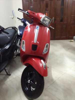 Vespa 3v ie s màu đỏ mù đời 2014 tại Sơn Trà Đà Nẵng