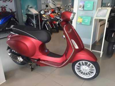 Vespa sprin màu đỏ mù đk cuối 2015 tại Thanh Khê