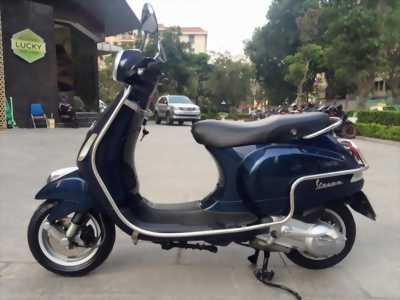 Vespa xanh cưu long cuối 2014 tại Thanh Khê Đà Nẵng