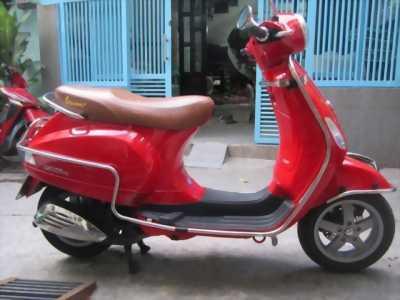 Mình cần bán xe Vespa LX 125ie, màu đỏ, 2012, phun xăng, TPHCM