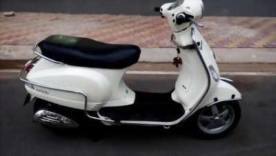 PIAGGIO Vespa Lx 125ie màu trắng biển hà nội 5 số