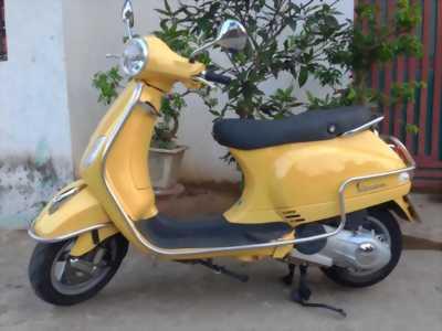 Cần bán piagio lx125ie Việt nam