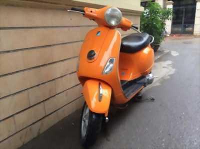 Vespa LX 125 năm 2011 màu cam