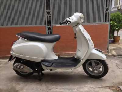 Vespa LX125 màu trắng nguyên bản chính chủ 2011