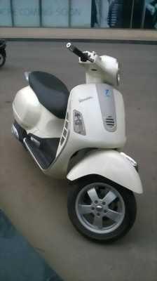 Vespa GTS 125cc, xe nhập khẩu tại Ý 2007