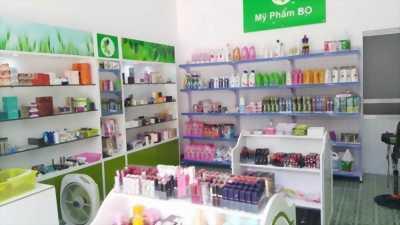 Shop mỹ phẩm cần tuyển nhân viên bán hàng tại quầy