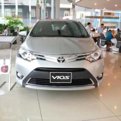 Cần bán chiếc Toyota Hải Dương bán xe Toyota Vios 1.5E 2017 màu vàng cát với giá cực tốt.