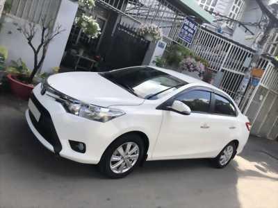 Bán Toyota Vios 2018 số tự động màu trắng. Biển TP