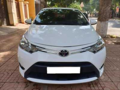 Cần tiền bán xe Vios 2018, số tự động, màu trắng