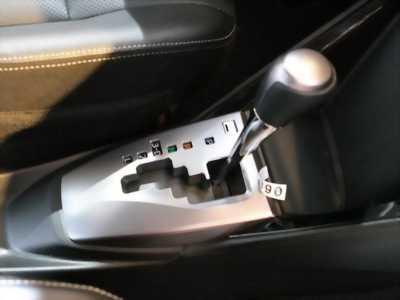 Hiện mình cần bán chiếc Toyota Vios 1.5G CVT mới 100%, với giá cức shock.