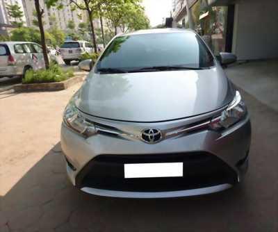 Cần bán Toyota Vios E 2016 máy mới .Xe số tự động
