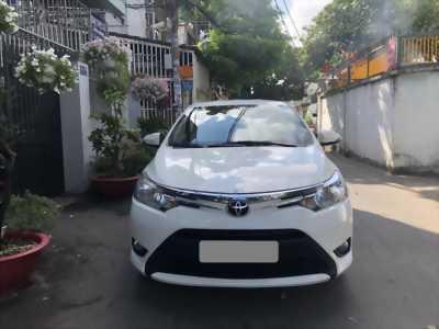 bán Toyota Vios 2018 số tự động màu trắng