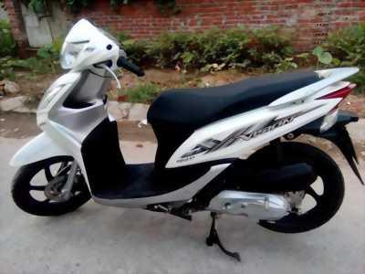 Vision 110 Fi màu trắng cuối 2012 bstp xe rin