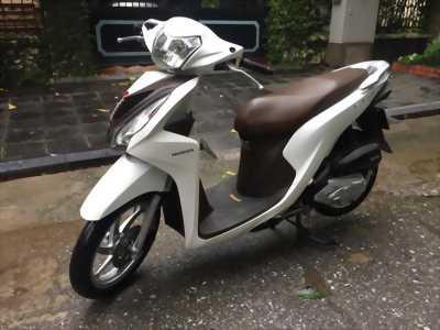 Honda Vision đăng ký 218 màu trắng chính chủ