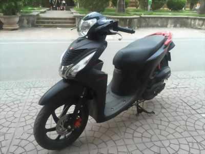 Honda Vision fi đen sần biển HN